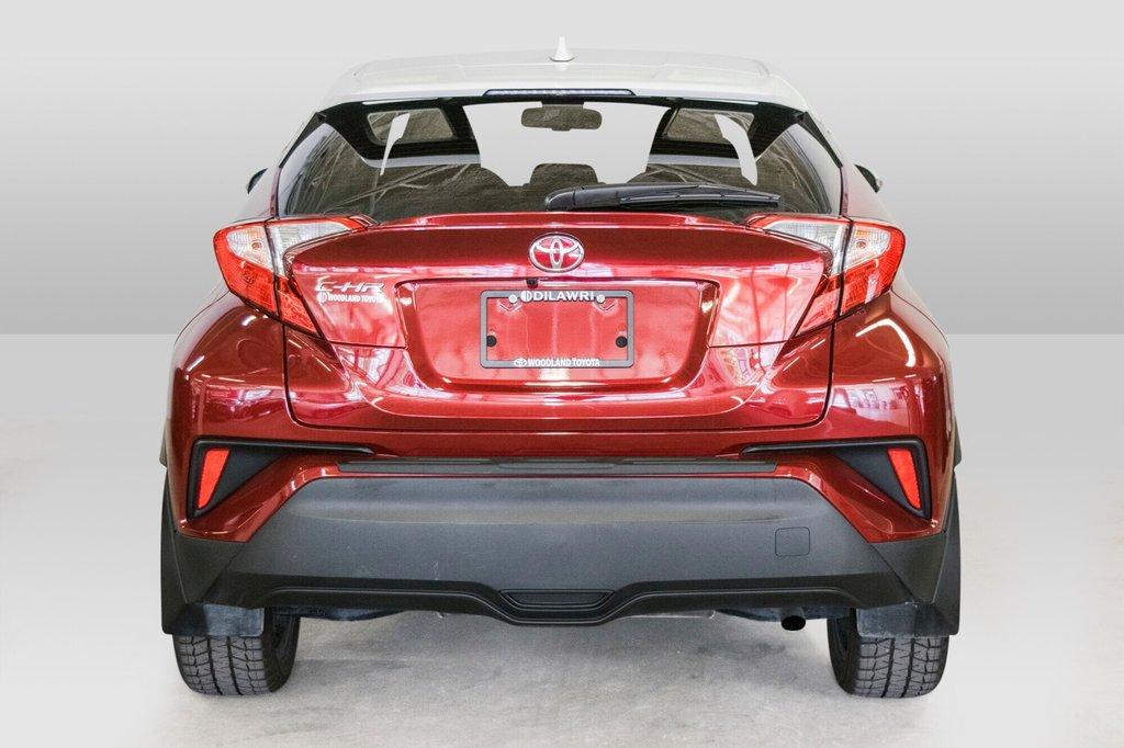 Toyota C-HR XLE/ Mags/ Caméra Recul /Sièges Chauffants /2 tons 2018 à Verdun, Québec - 11 - w1024h768px