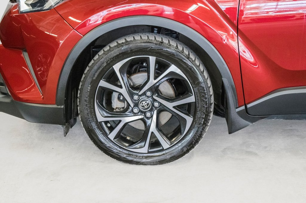 Toyota C-HR XLE/ Mags/ Caméra Recul /Sièges Chauffants /2 tons 2018 à Verdun, Québec - 42 - w1024h768px