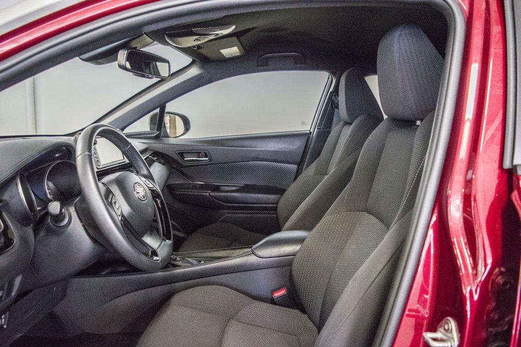 Toyota C-HR XLE/ Mags/ Caméra Recul /Sièges Chauffants /2 tons 2018 à Verdun, Québec - 31 - w1024h768px