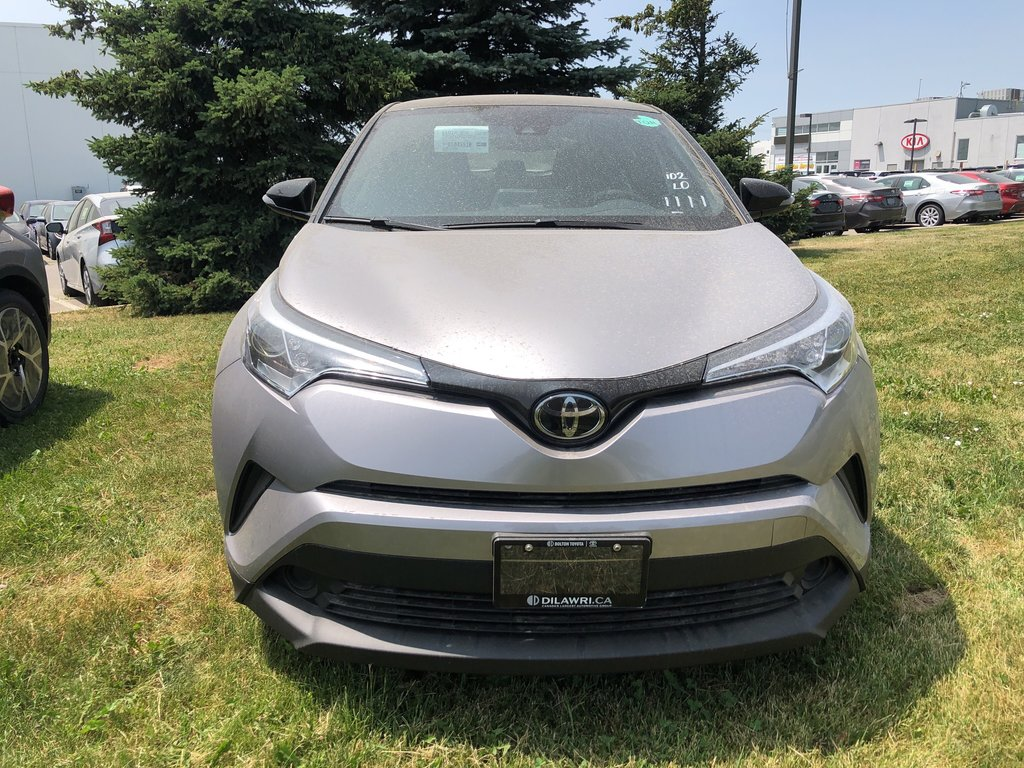 2019 Toyota C-HR LE (2) in Bolton, Ontario - 2 - w1024h768px