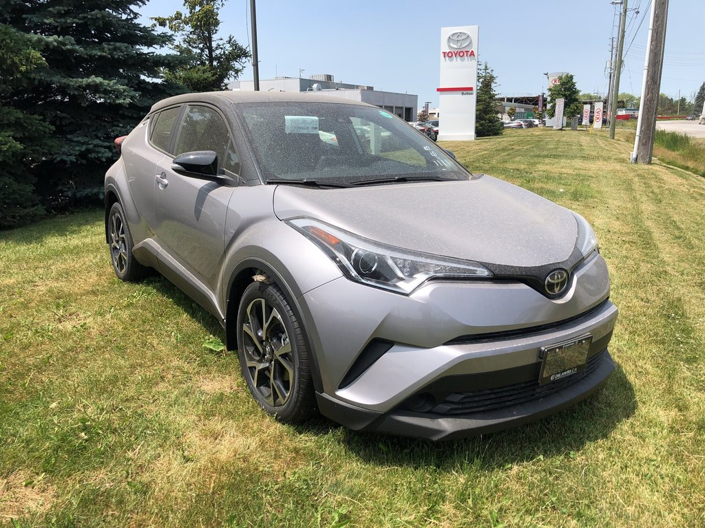 2019 Toyota C-HR LE (2) in Bolton, Ontario - 3 - w1024h768px