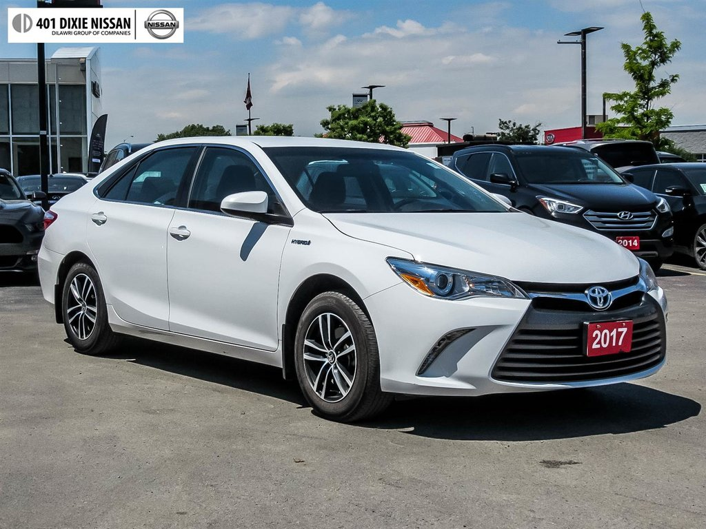 2017 Toyota Camry Hybrid LE CVT in Mississauga, Ontario - 19 - w1024h768px