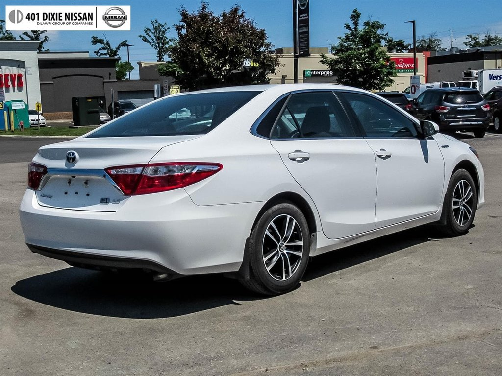 2017 Toyota Camry Hybrid LE CVT in Mississauga, Ontario - 4 - w1024h768px