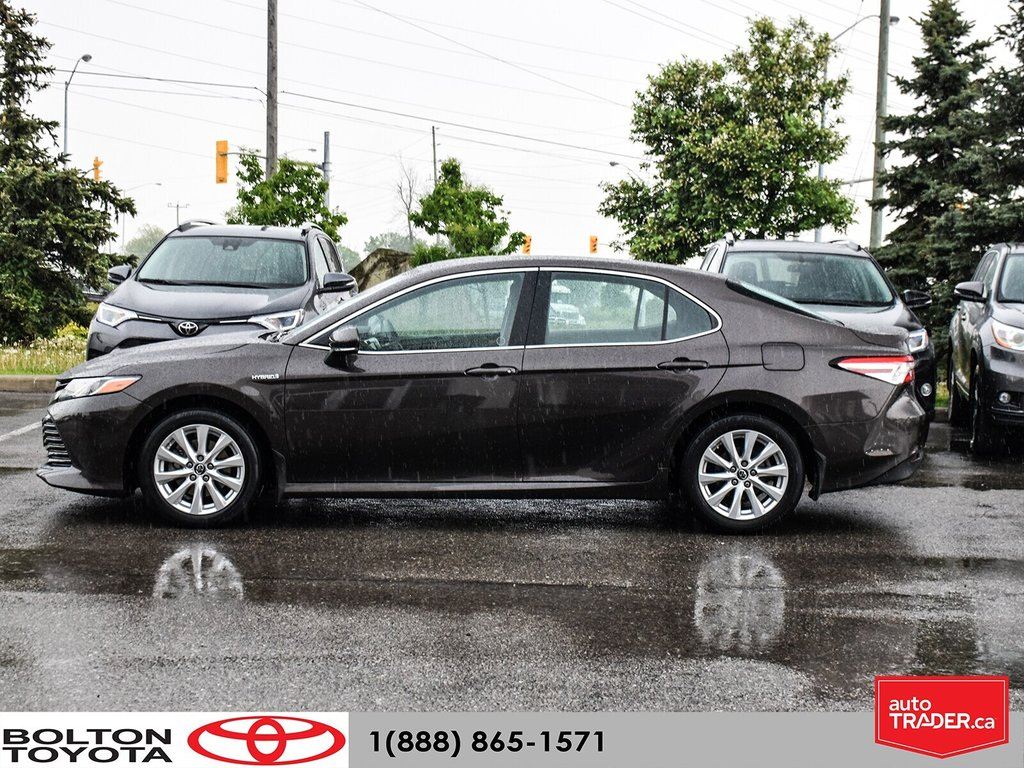 2018 Toyota Camry Hybrid LE CVT in Bolton, Ontario - 3 - w1024h768px