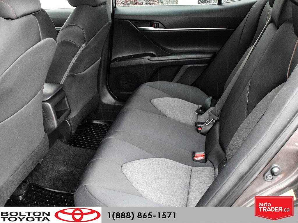 2018 Toyota Camry Hybrid LE CVT in Bolton, Ontario - 12 - w1024h768px