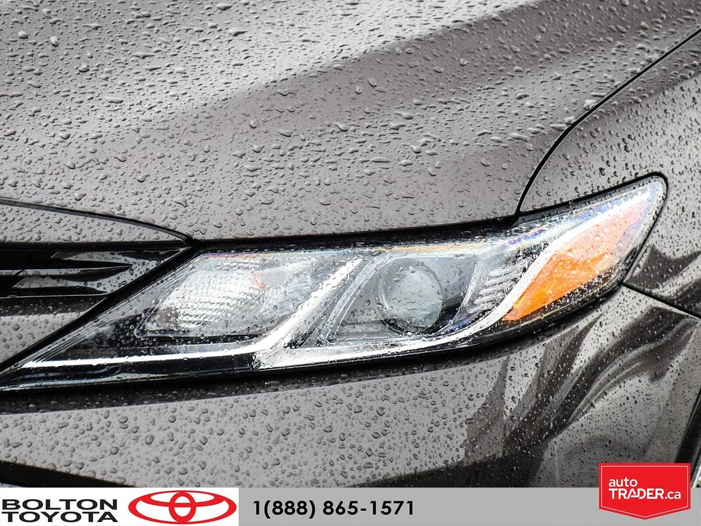 2018 Toyota Camry Hybrid LE CVT in Bolton, Ontario - 8 - w1024h768px