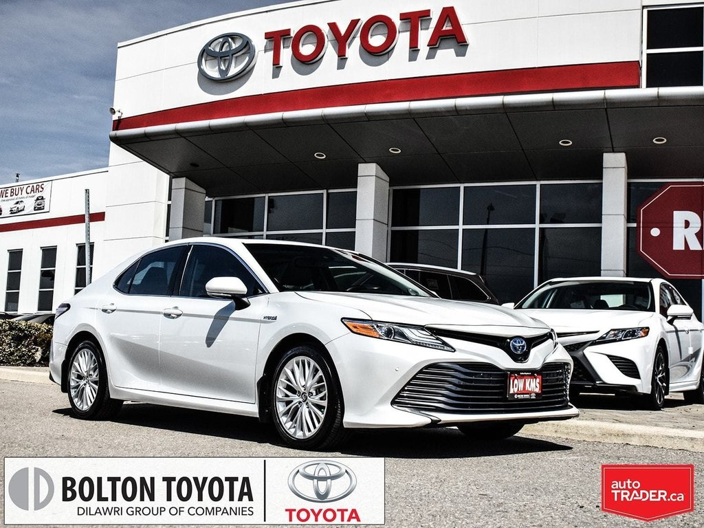 2018 Toyota Camry Hybrid XLE CVT in Bolton, Ontario - 1 - w1024h768px
