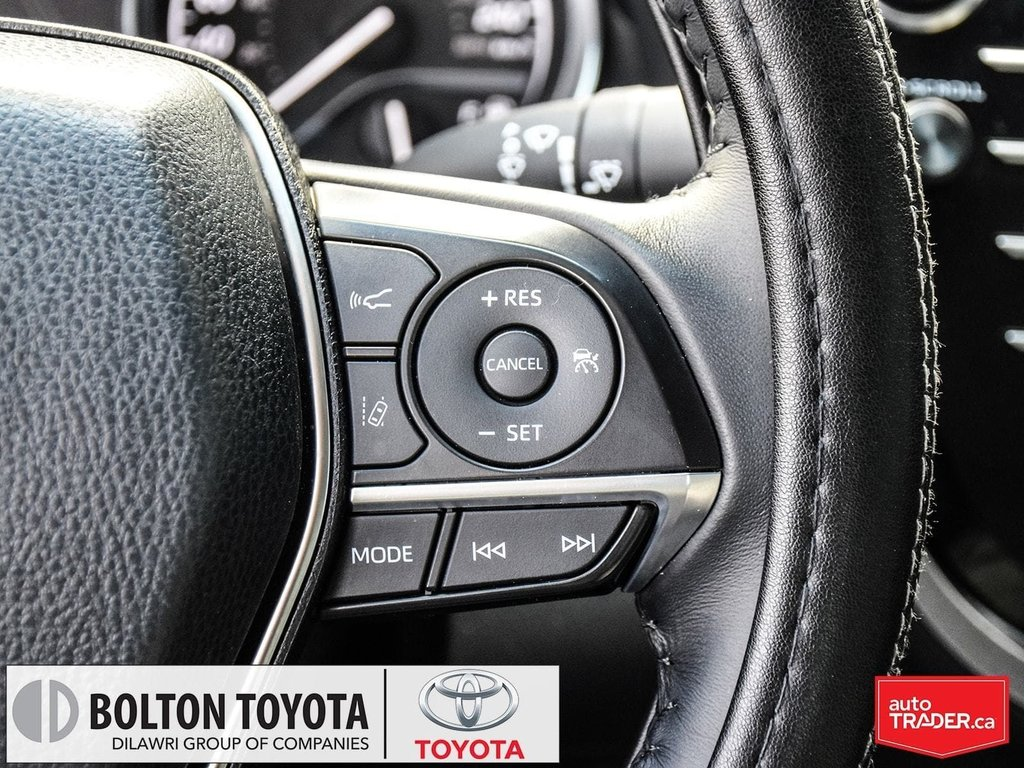 2018 Toyota Camry Hybrid XLE CVT in Bolton, Ontario - 17 - w1024h768px