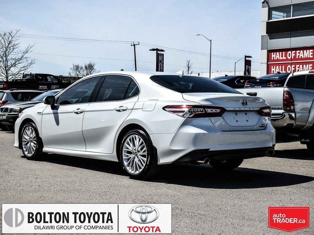 2018 Toyota Camry Hybrid XLE CVT in Bolton, Ontario - 4 - w1024h768px
