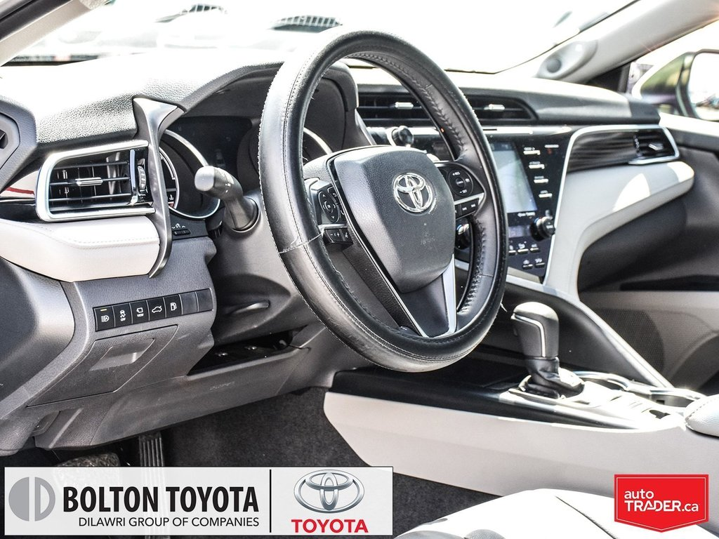 2018 Toyota Camry Hybrid XLE CVT in Bolton, Ontario - 11 - w1024h768px