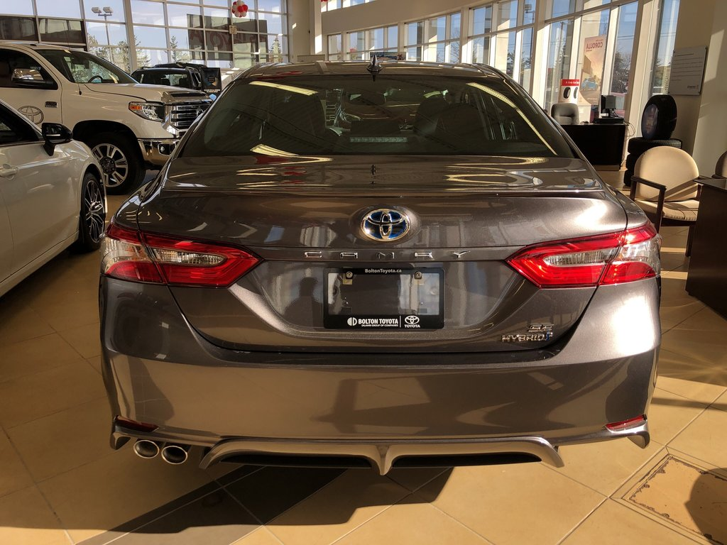 2019 Toyota Camry Hybrid SE in Bolton, Ontario - 4 - w1024h768px