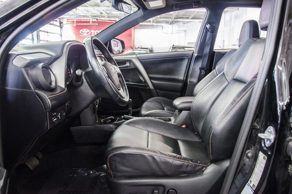 Toyota Camry Hybrid SE CVT 2019 à Verdun, Québec - 20 - w1024h768px