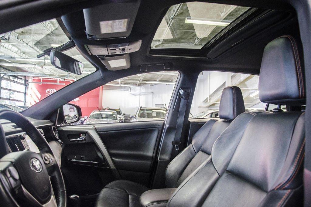 Toyota Camry Hybrid SE CVT 2019 à Verdun, Québec - 19 - w1024h768px
