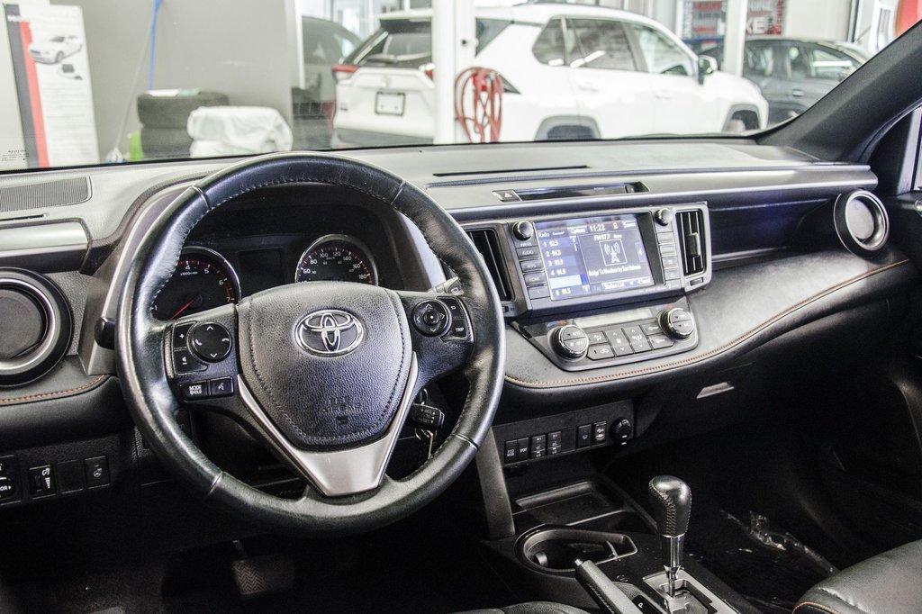 Toyota Camry Hybrid SE CVT 2019 à Verdun, Québec - 8 - w1024h768px