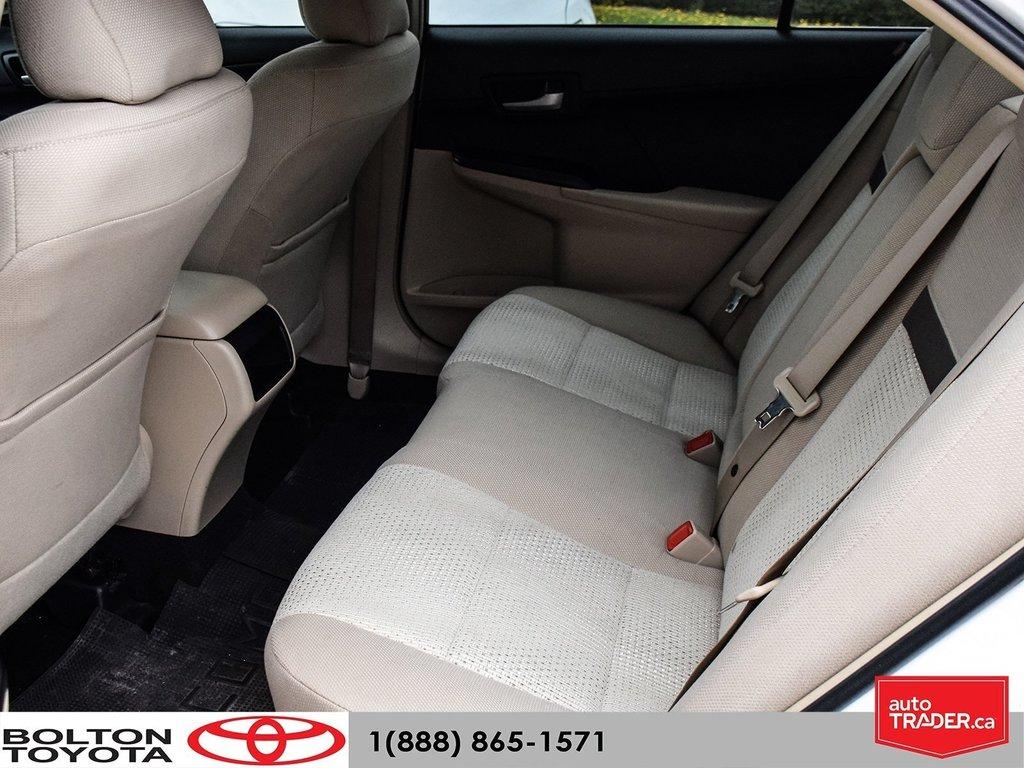2014 Toyota Camry 4-door Sedan LE 6A (2) in Bolton, Ontario - 13 - w1024h768px