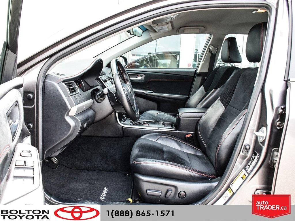 2015 Toyota Camry 4-Door Sedan XSE 6A in Bolton, Ontario - 13 - w1024h768px