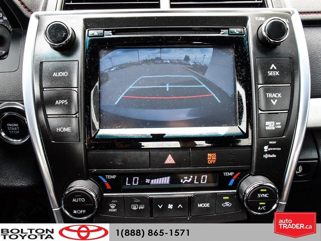 2015 Toyota Camry 4-Door Sedan XSE 6A in Bolton, Ontario - 24 - w1024h768px