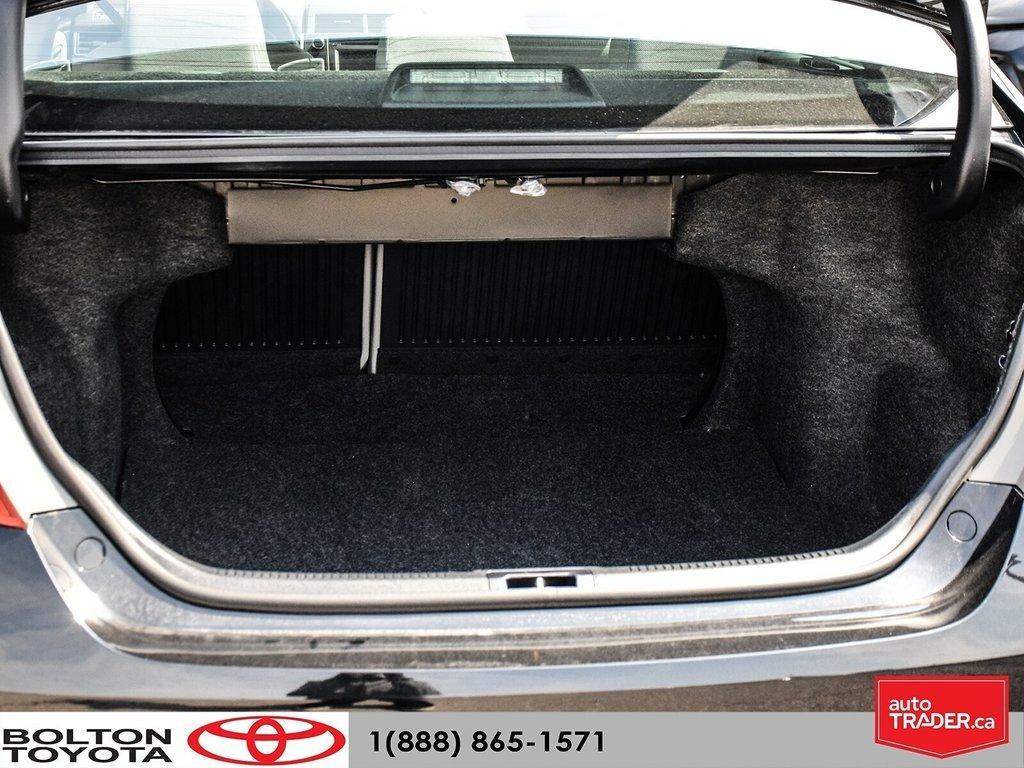 2016 Toyota Camry 4-Door Sedan LE 6A in Bolton, Ontario - 23 - w1024h768px