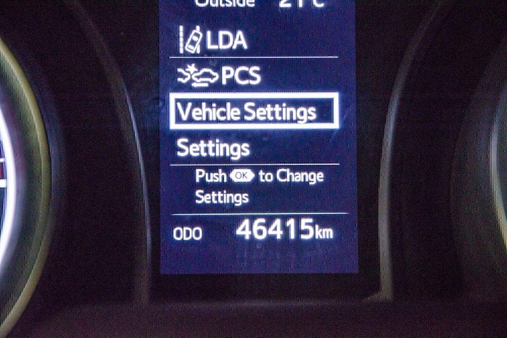 Toyota Camry 4-Door Sedan SE 8A 2018 à Verdun, Québec - 21 - w1024h768px