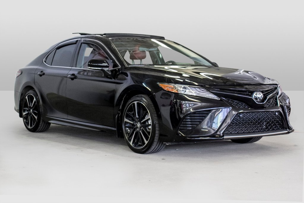 2018 Toyota Camry 4-Door Sedan XSE 8A in Verdun, Quebec - 3 - w1024h768px