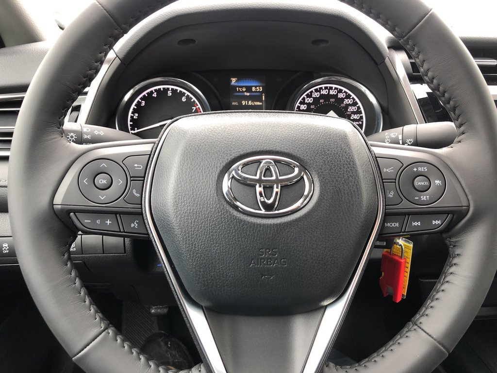 2019 Toyota Camry SE in Bolton, Ontario - 13 - w1024h768px