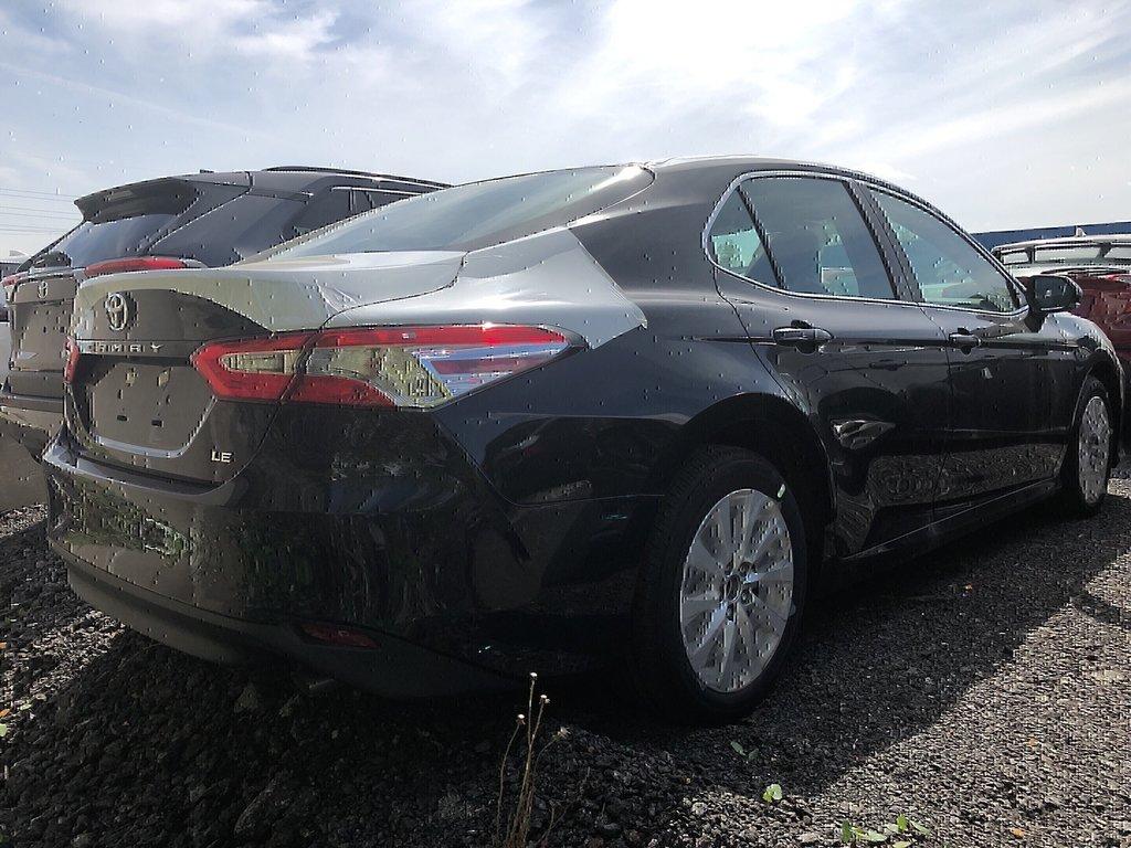 Toyota Camry LE 2019 à Verdun, Québec - 3 - w1024h768px