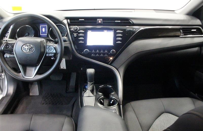 2019 Toyota Camry 4-Door Sedan LE 8A in Regina, Saskatchewan - 14 - w1024h768px