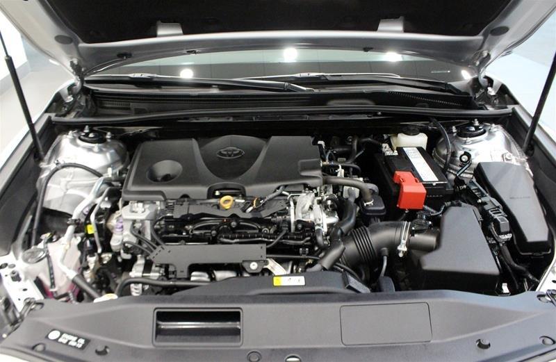 2019 Toyota Camry 4-Door Sedan LE 8A in Regina, Saskatchewan - 18 - w1024h768px