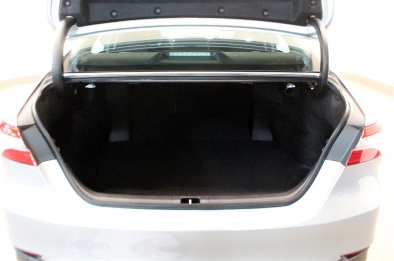 2019 Toyota Camry 4-Door Sedan LE 8A in Regina, Saskatchewan - 16 - w1024h768px