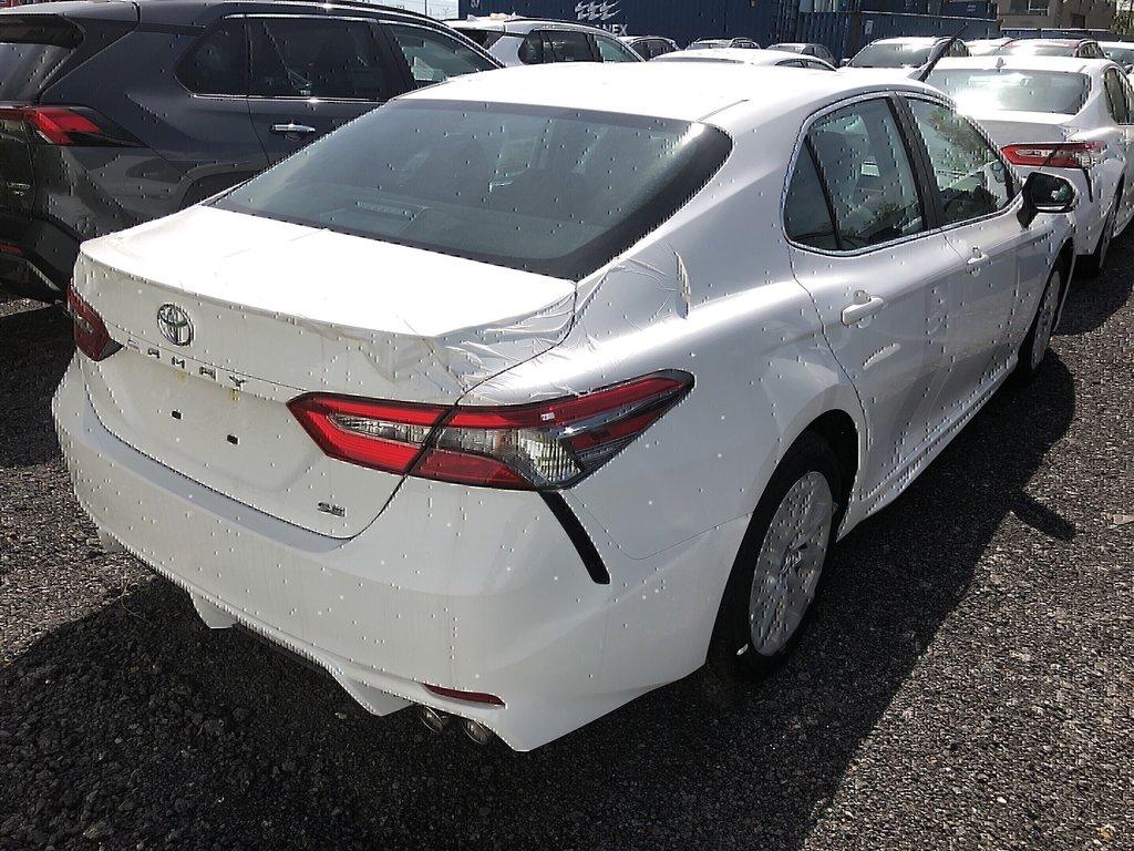 Toyota Camry 4-Door Sedan SE 8A 2019 à Verdun, Québec - 4 - w1024h768px