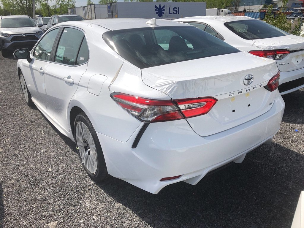 Toyota Camry 4-Door Sedan SE 8A 2019 à Verdun, Québec - 5 - w1024h768px