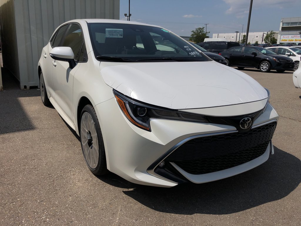 2019 Toyota Corolla Hatchback Hatchback CVT in Bolton, Ontario - 3 - w1024h768px