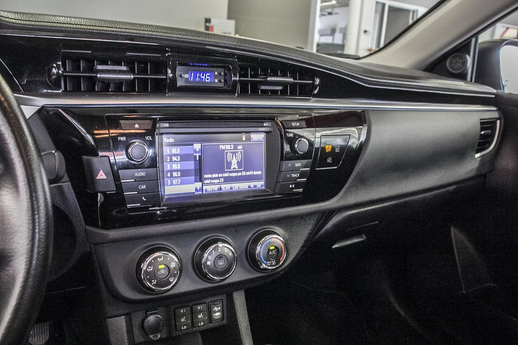 2015 Toyota Corolla S/Caméra Recul/ Banc Chauffants / Bluetooth in Verdun, Quebec - 21 - w1024h768px