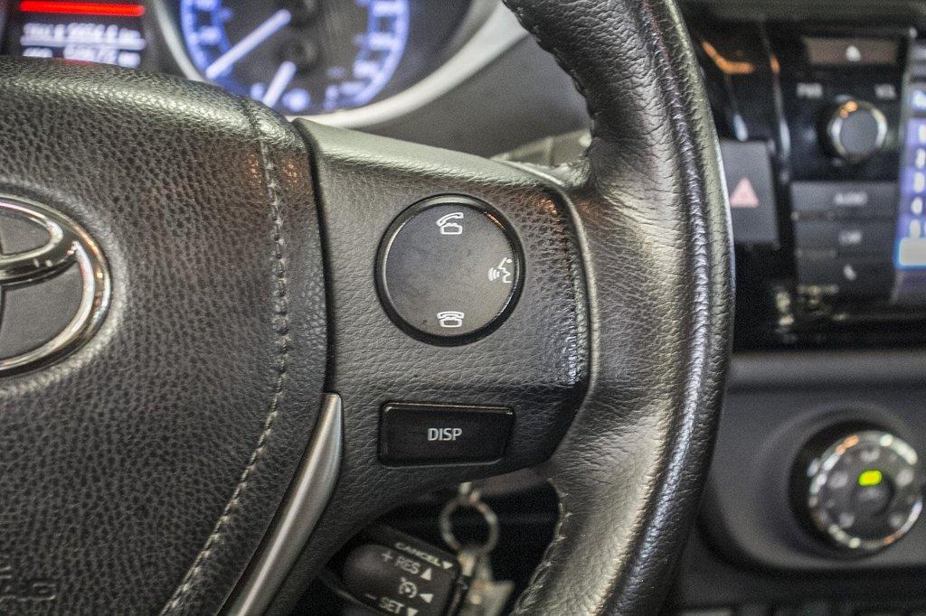 2015 Toyota Corolla S/Caméra Recul/ Banc Chauffants / Bluetooth in Verdun, Quebec - 20 - w1024h768px