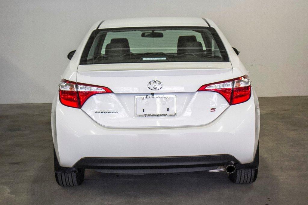 2015 Toyota Corolla S/Caméra Recul/ Banc Chauffants / Bluetooth in Verdun, Quebec - 12 - w1024h768px