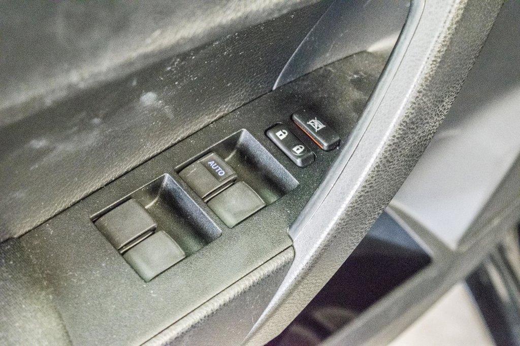 Toyota Corolla CE/Bluetooth/Groupe Électrique ++ 2016 à Verdun, Québec - 30 - w1024h768px