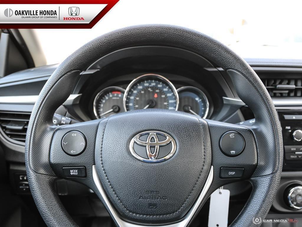 2016 Toyota Corolla 4-door Sedan CE 4A in Oakville, Ontario - 14 - w1024h768px