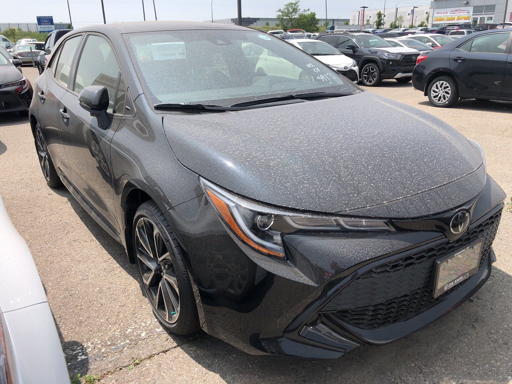 2019 Toyota Corolla Hatchback Hatchback CVT in Bolton, Ontario - 2 - w1024h768px