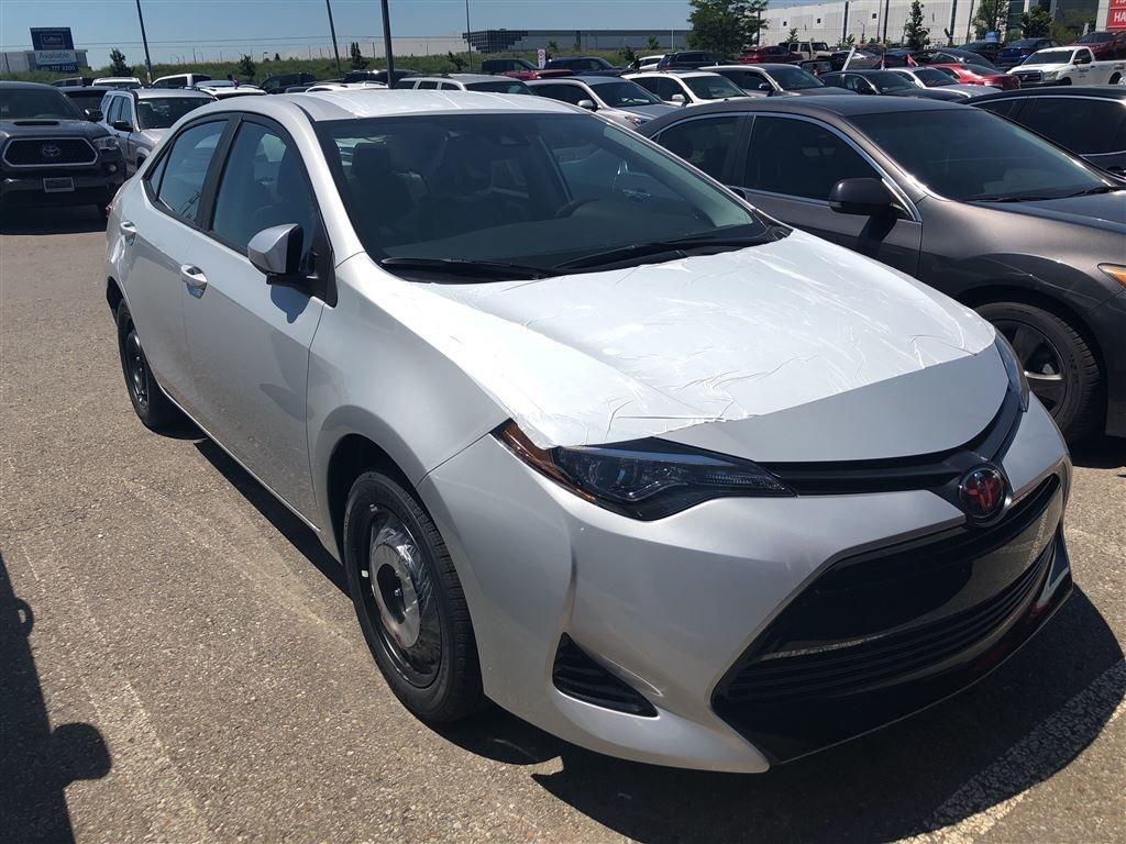 2019 Toyota Corolla LE in Bolton, Ontario - 2 - w1024h768px