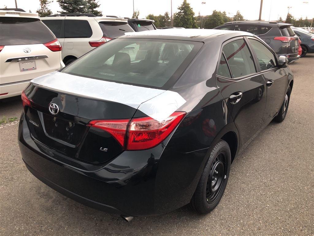 2019 Toyota Corolla LE in Bolton, Ontario - 4 - w1024h768px