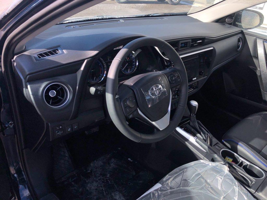 2019 Toyota Corolla SE in Bolton, Ontario - 10 - w1024h768px