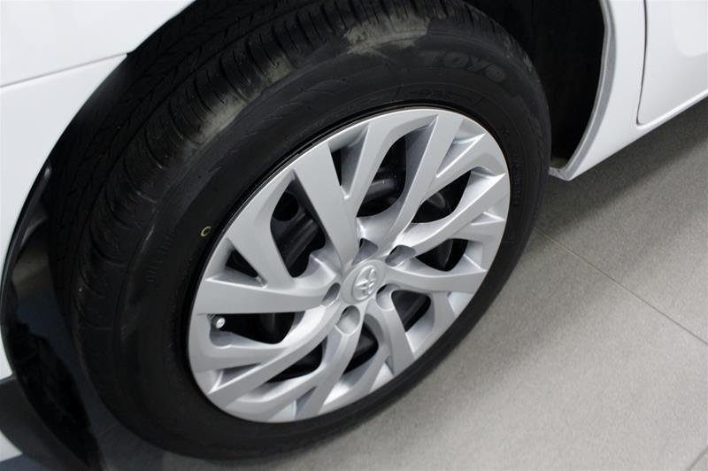 2019 Toyota Corolla 4-door Sedan LE CVTi-S in Regina, Saskatchewan - 17 - w1024h768px