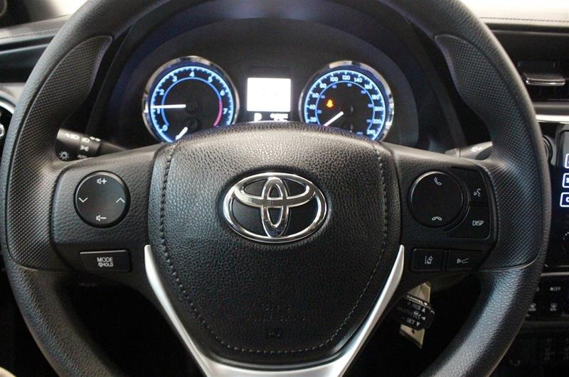 2019 Toyota Corolla 4-door Sedan LE CVTi-S in Regina, Saskatchewan - 6 - w1024h768px