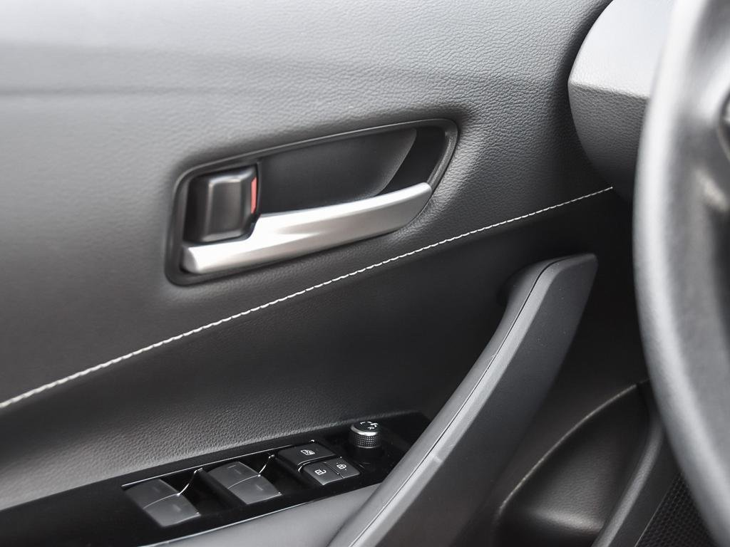 Toyota Corolla Hatchback CVT 2019 à Verdun, Québec - 16 - w1024h768px