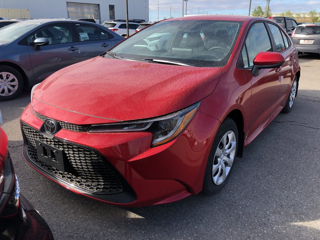 2020 Toyota Corolla LE in Bolton, Ontario - 1 - w1024h768px