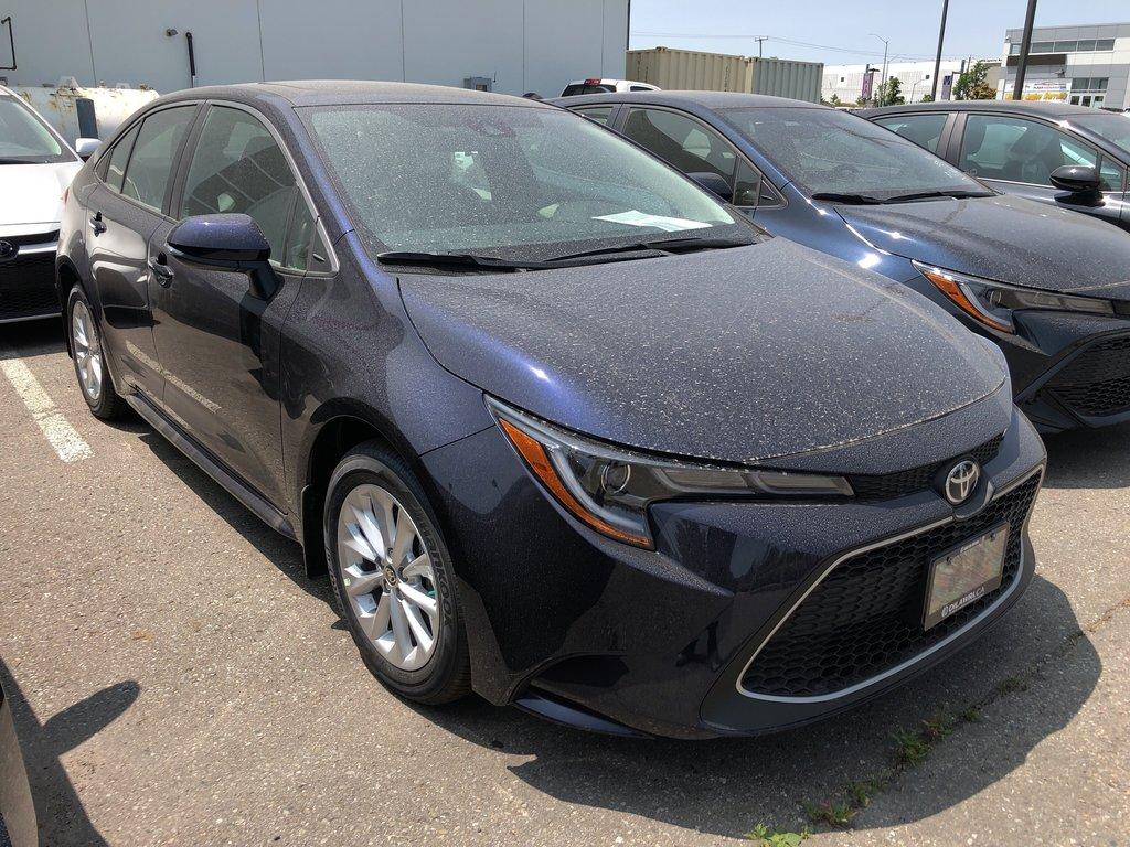 2020 Toyota Corolla XLE in Bolton, Ontario - 3 - w1024h768px