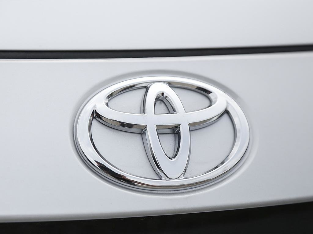 Toyota Corolla 4-Door Sedan SE CVT 2020 à Verdun, Québec - 9 - w1024h768px
