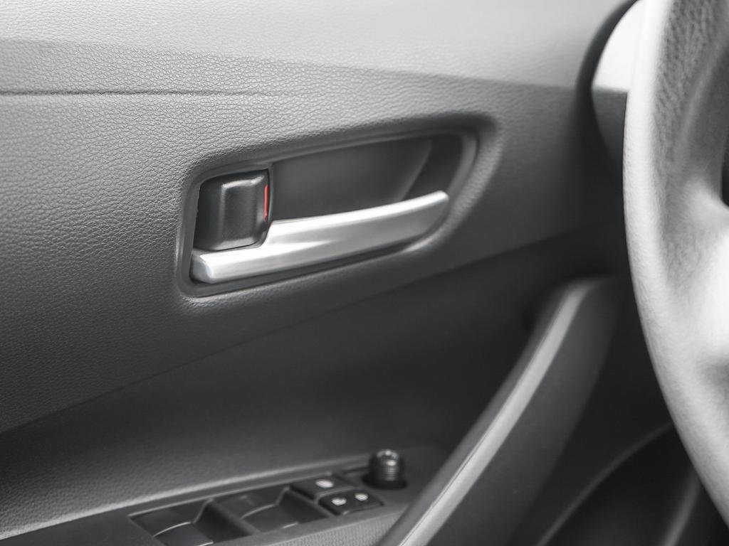 Toyota Corolla L 2020 à Verdun, Québec - 16 - w1024h768px