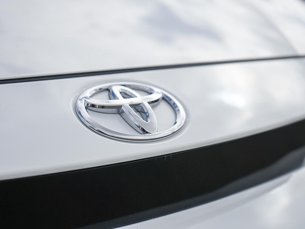 Toyota Corolla SE 2020 à Verdun, Québec - 9 - w1024h768px