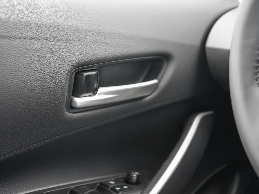 Toyota Corolla SE 2020 à Verdun, Québec - 16 - w1024h768px